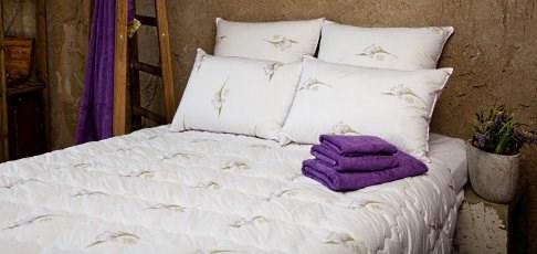 Скидка 20% на пуховые одеяла и подушки Царственный ирис